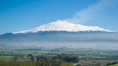 Obudzona Etna na jeden dzień zamknęła lotnisko