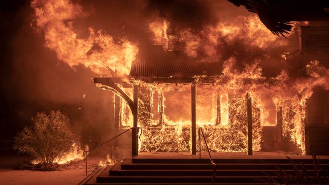 """Kalifornia walczy z pożarami. <br />""""Ewakuujcie się, póki możecie"""""""